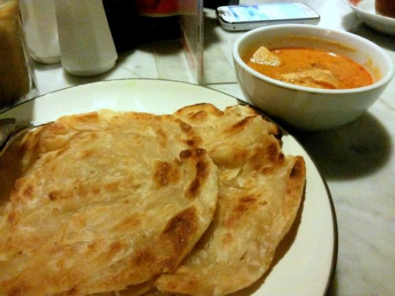 Roti Chanai dan Kari Ayam
