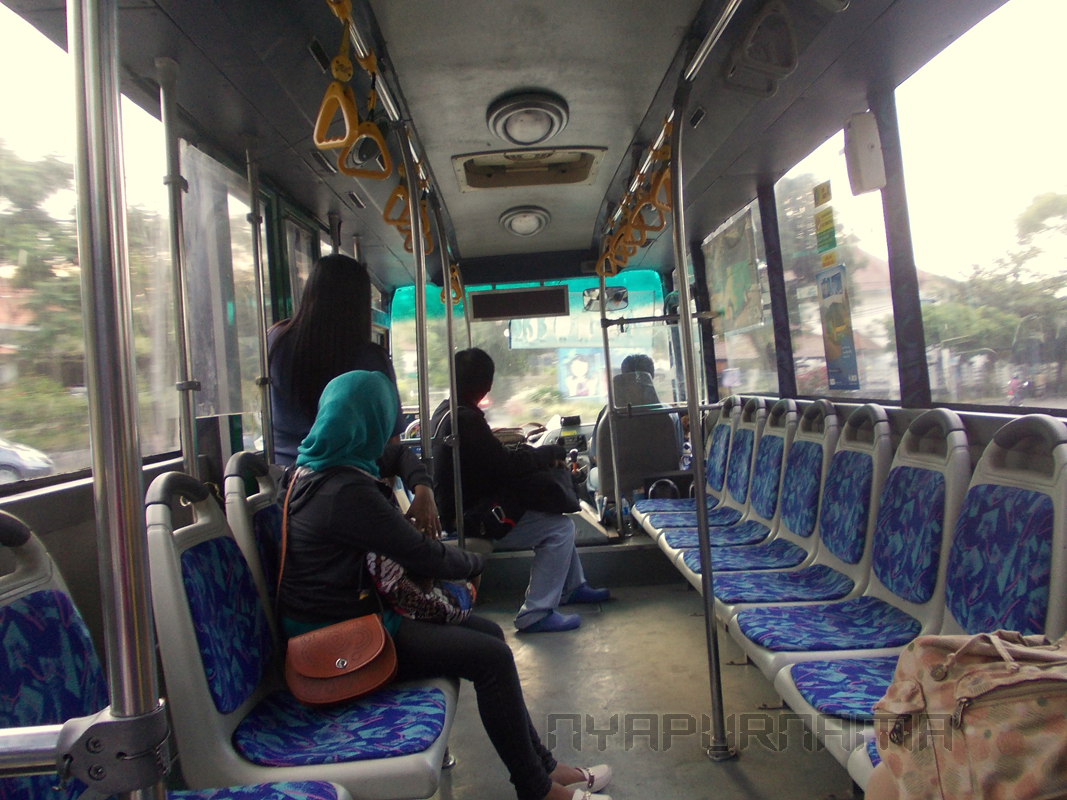 Ke Borobudur Naik Kendaraan Umum Siapa Takut Nya S Sweet
